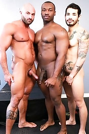 Two guys fuck & suck - Marc Williams, Draven Torres, Max Chevalier